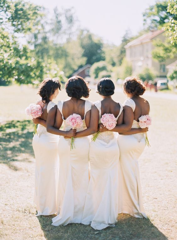 loving this bridesmaid pose. / http://munaluchibridal.com/multicultural-nigerian-swedish-wedding-stockholm-sweden-laraba-fredrik
