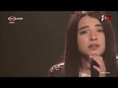 Nahide Babashli Anlasana Trt Canli Youtube Youtube Incoming Call Screenshot Incoming Call