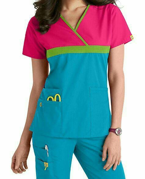 Model Baju Perawat