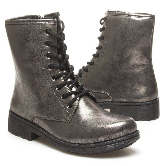 Qupid Womens MISSILE04 Round Toe Military Combat low Heel Ankle Boot