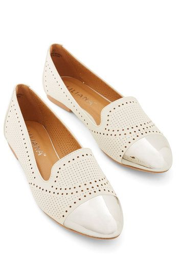 24 Spring White Shoes To Look Cool And Fashionable shoes womenshoes footwear shoestrends