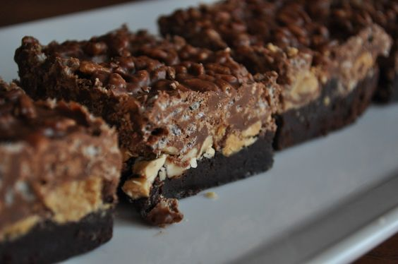 """better than crack brownies Will be trying these.  The site the receipe on says """"Mr. How Sweet says these are healthy since they have peanuts for protein and good fat, and since the back of the Rice Krispie box says the cereal is a """"healthy snack.""""  I love the way this man thinks."""""""
