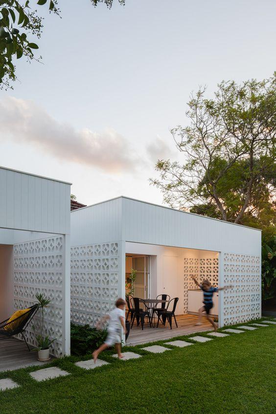 Breeze Block House, NSW - Architect Prineas
