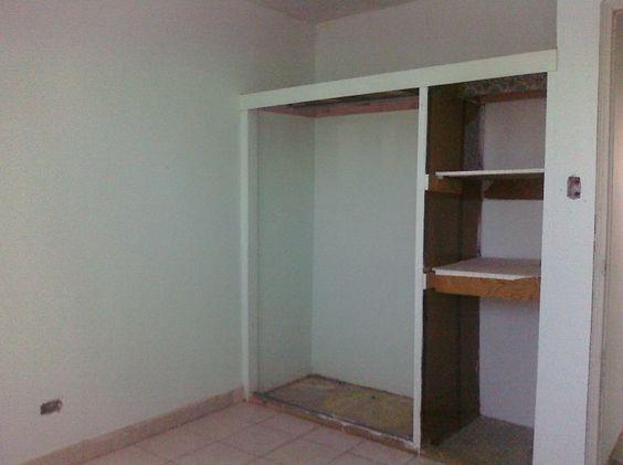 La casa tiene 3 recÁmaras, 1 baÑo, sala, comedor, cocina, patio y ...