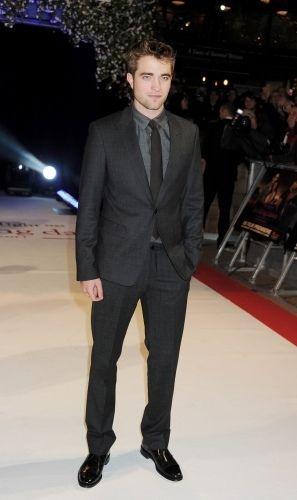 gray suit black shirt | Men's Fashion - Black and Dark Dress