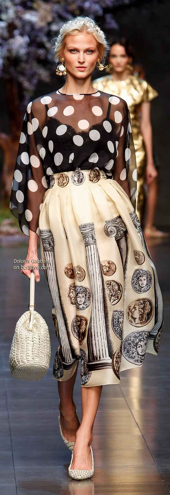 Dolce  Gabbana Spring 2014 Mixed prints and retro glam Flowy silhouette Night out for dinner