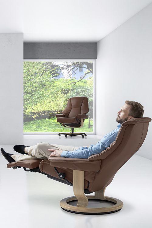 Noch Bequemer Stressless Sessel Live Mit Legcomfort Gleich Probesitzen Bei Spitzhuttl Home Company Mobel Stressless Sessel Futuristische Mobel Mobeldesign