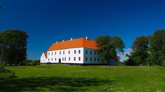 Odden herregård ved Mygdal 11 km nordøst for Hjørring.