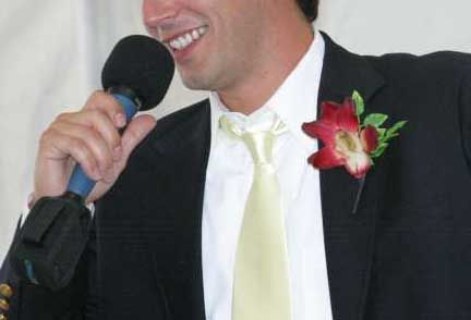 Inner Monologue of a Drunk Guy at a Wedding » Holytaco