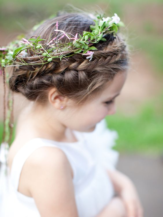 Fête Weddings   Wedding Planning VA   Fête Faves   Marta Locklear Photography   Flower Girl Floral Crown