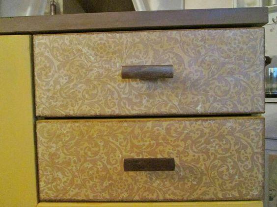 """Projekt """"Yellow Dresser"""" #läuft (auf Seidenpapier)"""