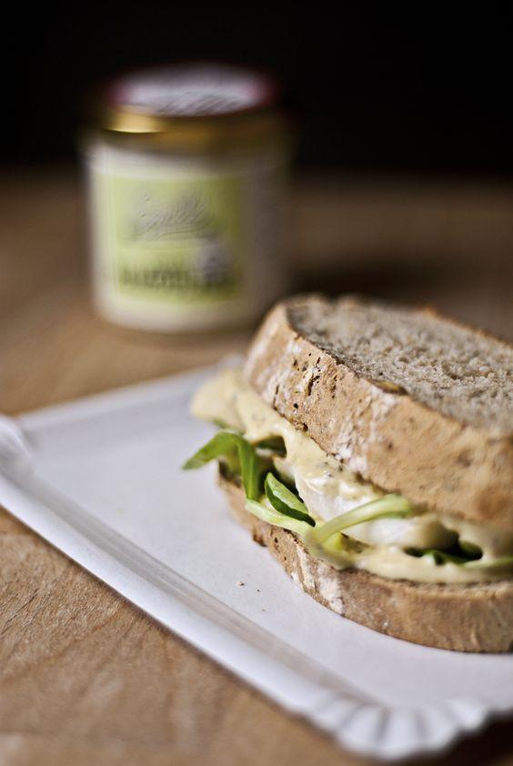 Rezept: Fischsandwich mit veganer Remoulade