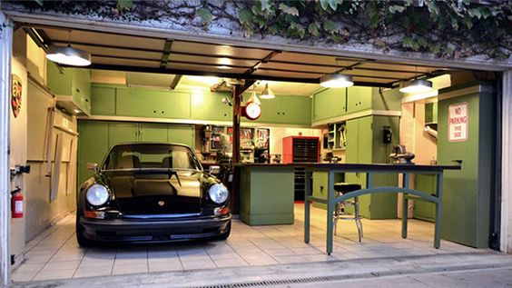 Jack Olen's 12 Gauge Garage
