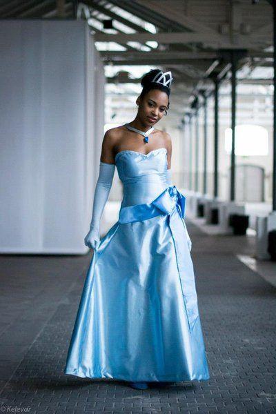 A rare Tiana cosplay! Her blue dress! - 8 Tiana Cosplays  Disney ...