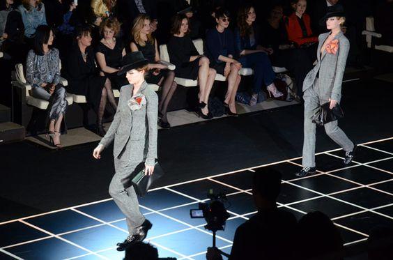 Giorgio Armani no defrauda, la elegancia en el corte, el movimiento de la tela... es inmejorable!