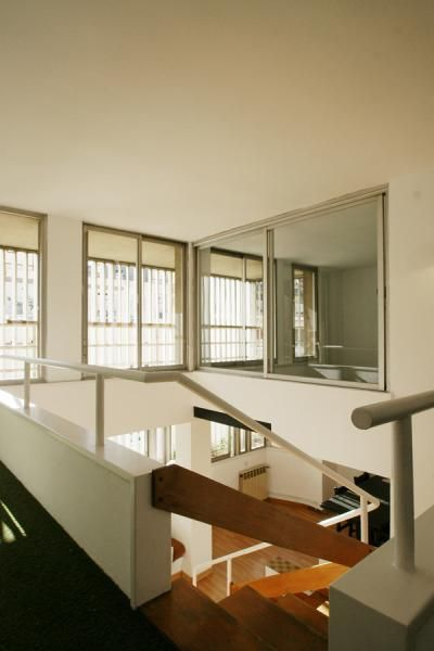 Three bedroom penthouse with a terrace in Sant Gervasi, Barcelona.