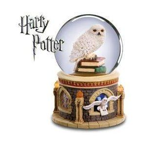 San Francisco Music Box Company Harry Potter Hedwig Waterglobe