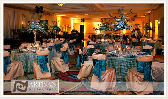 Peacock feather-themed wedding at JW Marriott Desert Ridge Resort & Spa. Credit: Artisan Photography