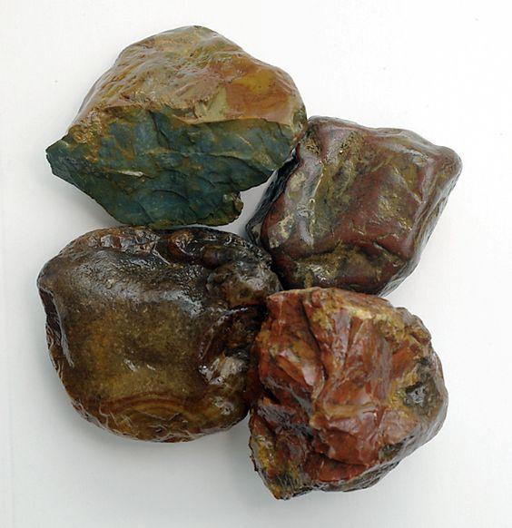 rock hounding washington carnelian agate and green