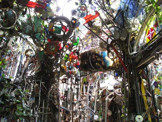 Cathedral of Junk in Austin, Texas: Yes, Tracy, I just stole from one of your pins (imitation being the sincerest form of flattery and all).