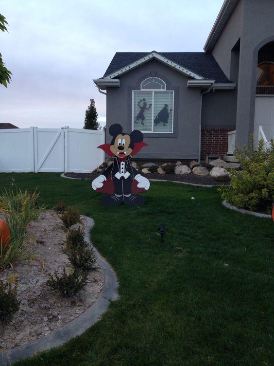 Disney yard art diy halloween woodcraft woodcraft wooden yard art