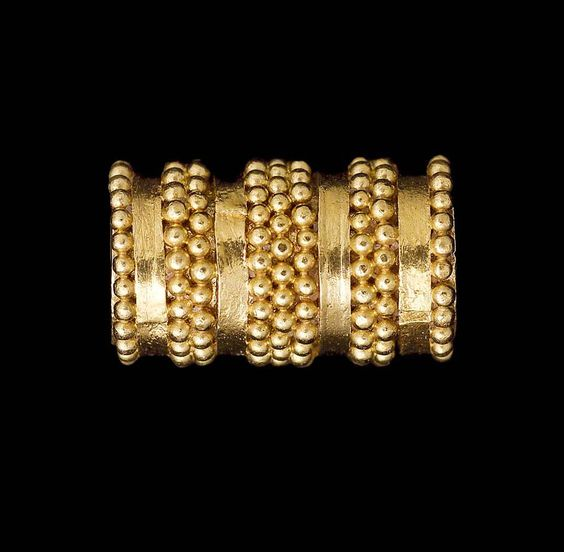 Nubian 538–519 B.C. - Gold. Fancy cylinder bead. - From Nuri, pyramid 25 (tomb of Queen Maleteral II). 1919: excavated by the Harvard University