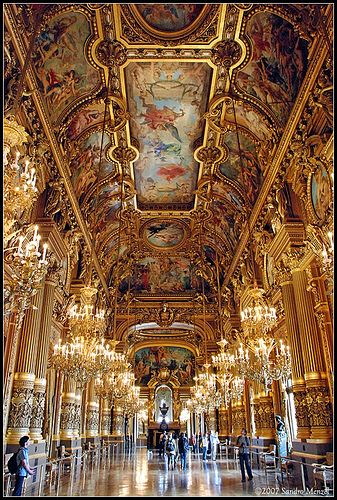 The Hall of Mirrors at Chateau Versailles, France.....this is what it looks like in the WINTER...no one is there!! Awesome!!