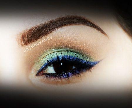 Blue Eyeliner https://www.makeupbee.com/look.php?look_id=86804