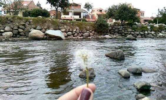 Río Tomebamba en Cuenca, Provincia del Azuay