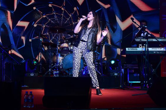 Jonita Gandhi live concert in Vijaya Forum