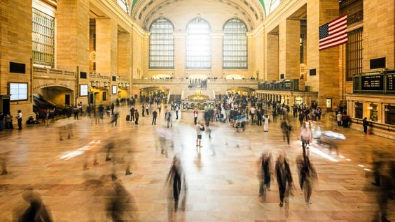 There's something romantic about Grand Central Station. #Manhattan #NYC #NewYork #iGottaTravel