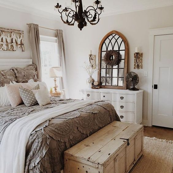 60 Comfortable Guest Bedroom Decor Ideas 39