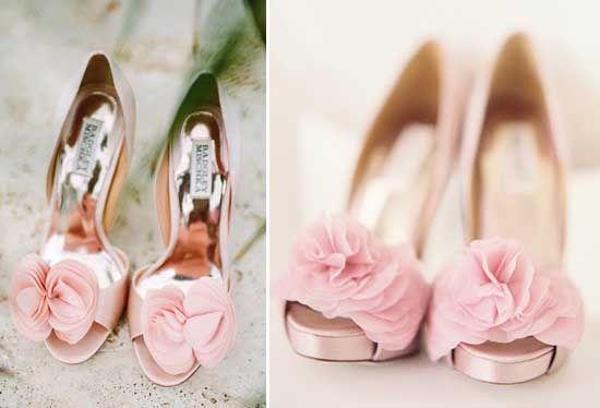 Hochzeitsfarben Romantisch– Hochzeit in Rosa Inspiration http://www.optimalkarten.de/blog/hochzeitsfarben-romantisch-hochzeit-in-rosa-inspiration/