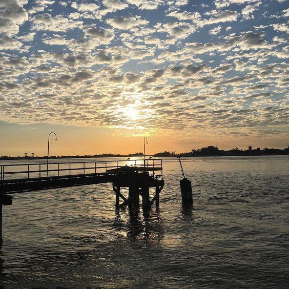 #Sunrise on the riverfront during my Sunday morning #run #NOLA #NOLArunning #FrenchQuarter #nofilter by gibbsmelissa