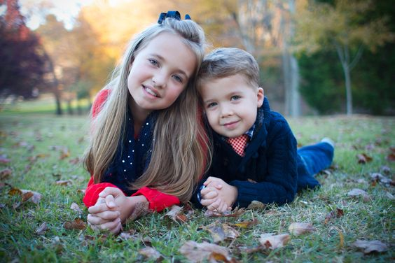 siblings family photography boy girl sister brother outdoors natural light