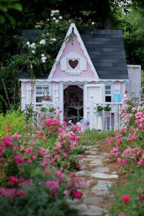 Sweet little guest cottage: