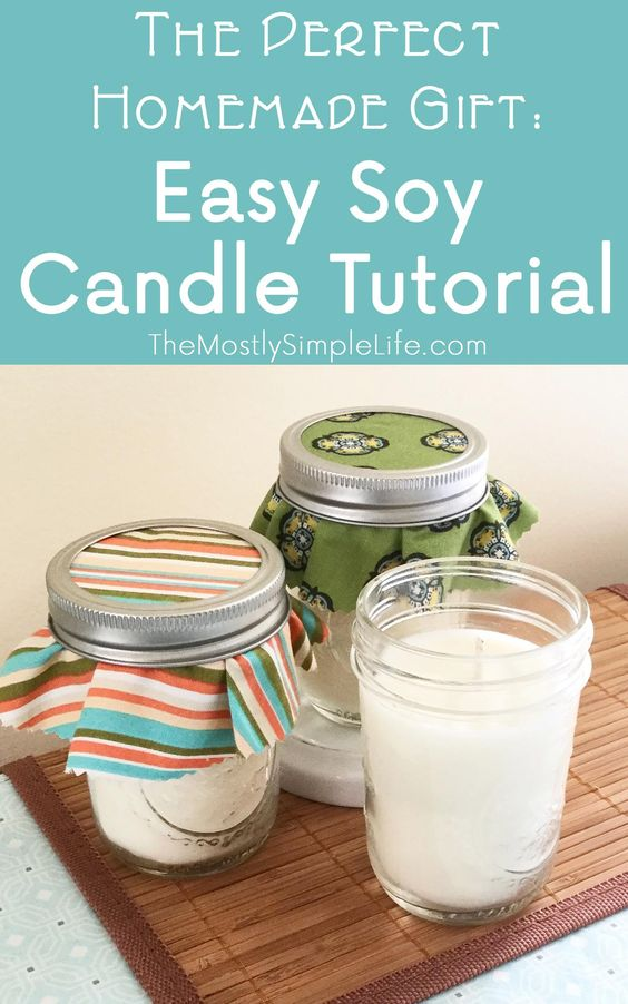Time to start making some awesome homemade Christmas gifts! These soy candles are so easy to make. They smell amazing and everyone will love them! Try this easy soy candle tutorial. Click through for the full instructions.