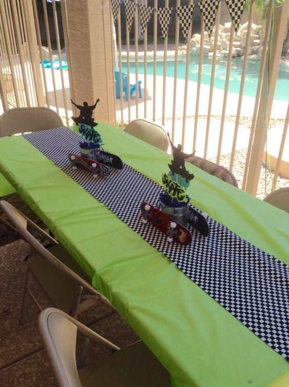 Skateboard theme birthday party