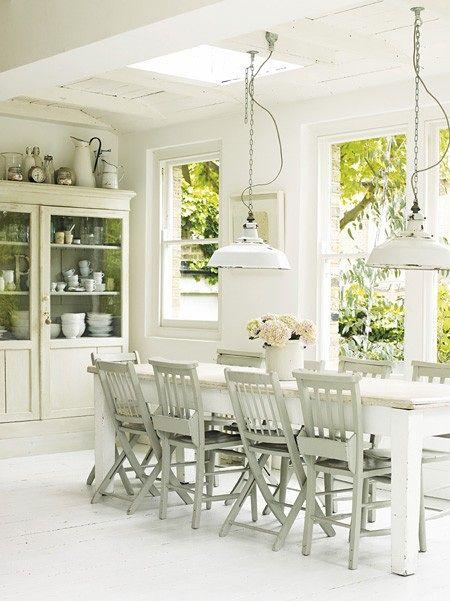 Beautiful white dining room. #white #diningroom