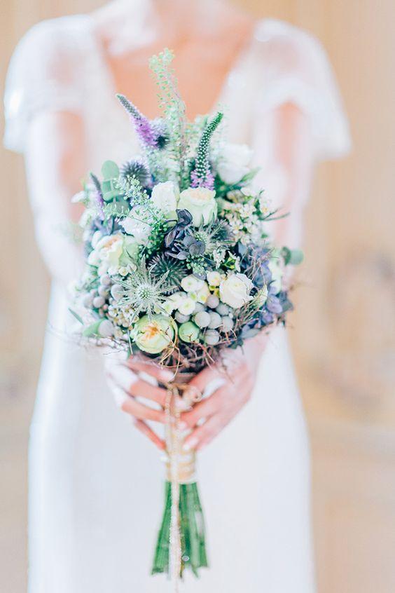 Hochzeitsinspiration in Blau & Weiß #Blumenstrauss #Hochzeitsstrauss