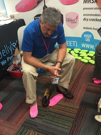 Teaching the world about Jellyfeet, one city at a time! #MidwestPodiatryConference #Chicago #windycity