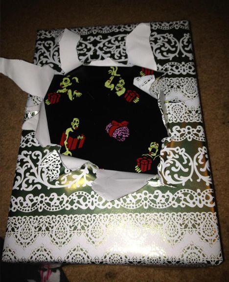 Wrap Recap: Best 10 DIY Xmas Gift Wrappings from Reddit