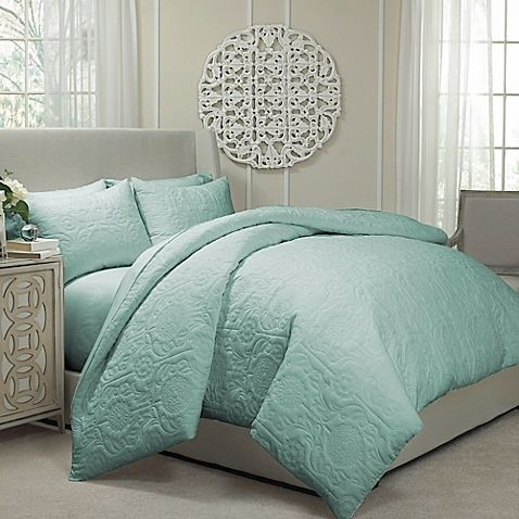 Enjoy all-season comfort with the Vue Barcelona Convertible Coverlet-to-Duvet Cover Set. This bedding can be transformed from a light and breathable quilted coverlet to a warm and cozy duvet cover simply by inserting a comforter (sold separately).