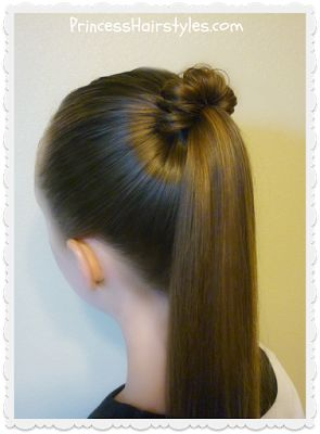 Spindle top ponytail tutorial. Quick and easy hairstyle.