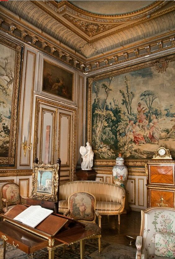 Old french decor Old home interior pictures value