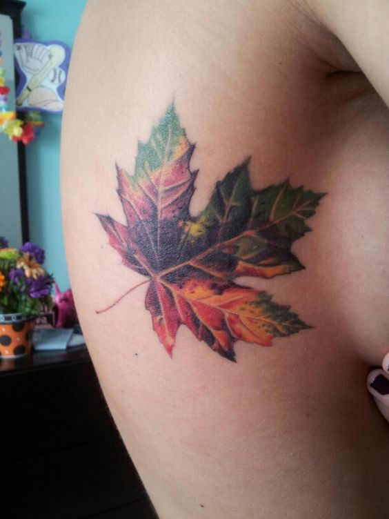 10 Incredible Leaf Tattoos for Anyone Obsessed with Fall | SHUGGILIPPO - A Los Angeles Millennial Lifestyle & Parenting Blog - Millennial Mom Blogger - Millennial Mom Vlogger
