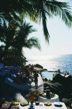 Las Brisas, Acapulco (Slim Aarons Estate Edition)