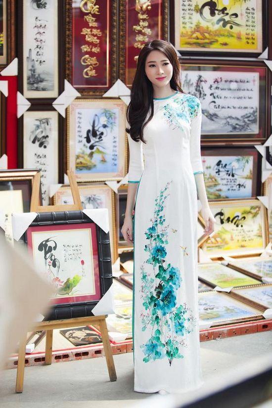 áo dài http://viaggivietnam.asiatica.com/