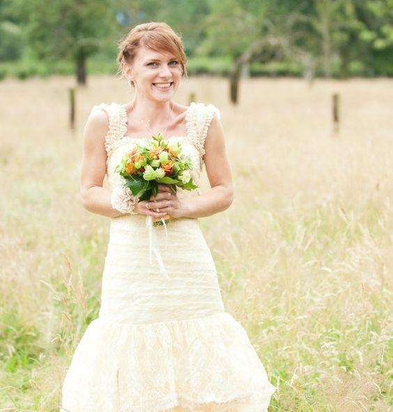 Sehr Schickes Spitze Brautkleid