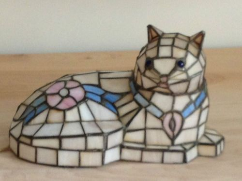 beautiful tiffany style stained glass cat lamp ebay sort 3. Black Bedroom Furniture Sets. Home Design Ideas
